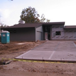 When-to-Build-Concrete-Driveways-in-Elgin-IL-300x300